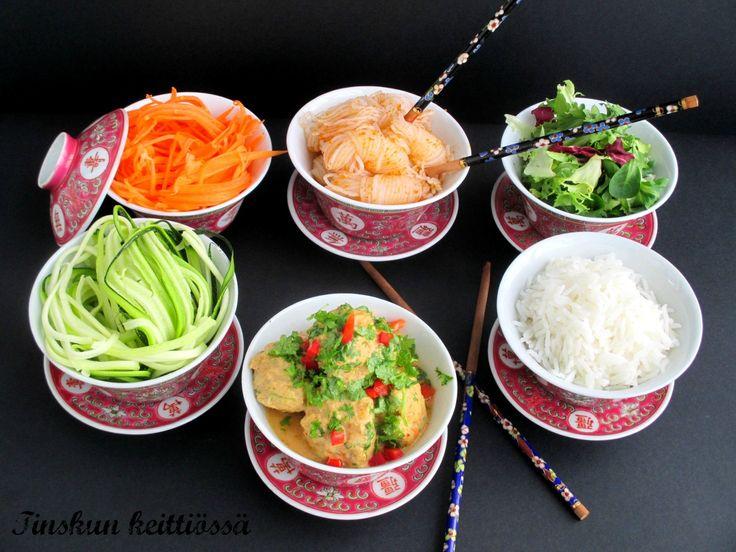 Broilerinlihapullat thaimaalaisittain: Tinskun keittiössä