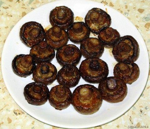 ПИКАНТНЫЕ ШАМПИНЬОНЫ. рецепт очень простой и очень вкусной закуски.