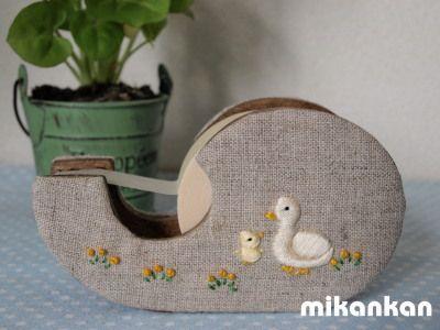 コトリとアヒルの刺繍 : mikankan