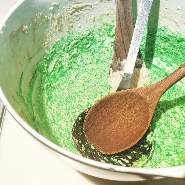 Vandaag testen we het spekkoek recept ingestuurd voor het kookboek 'De geur van witte rijst'.