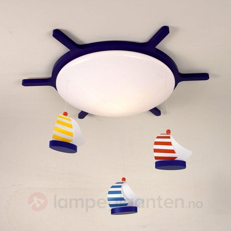 Bestill SEILBÅT taklampe med båtmotiv trygt og enkelt online hos Lampegiganten.no. Velg i over 25.000 produkter med rask leveringstid.