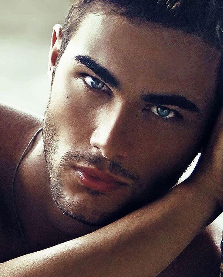 Онлайн порно фото красивых мужчин моделей крупным планом большие предметы пизде