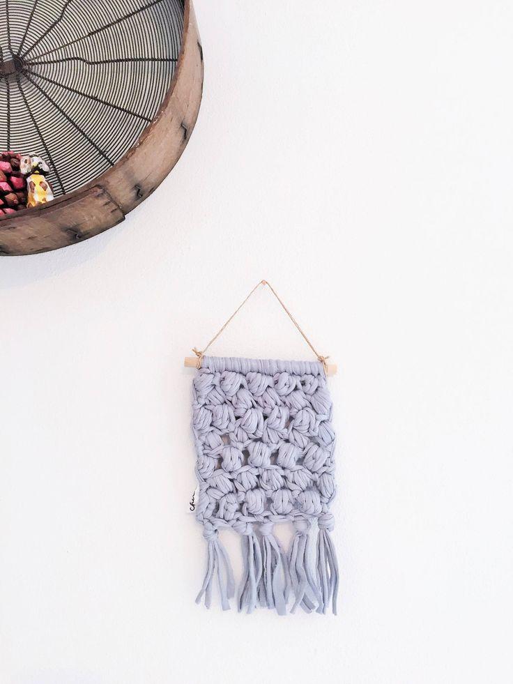 Wall hanging grigio perla di chiccacasa su Etsy