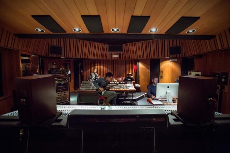 John Mayer - Recording in the studio.