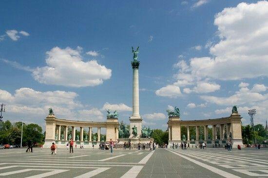 Piazzale degli eroi,Budapest