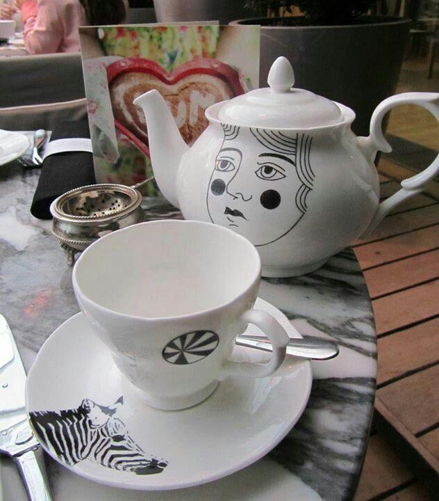 Alice In Wonderland Afternoon Tea At The Sanderson Tea Afternoon Tea