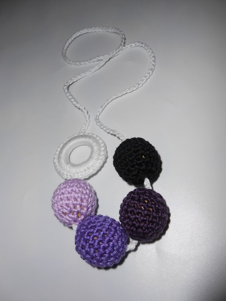 Lilák sorban crochet teething nursing necklace
