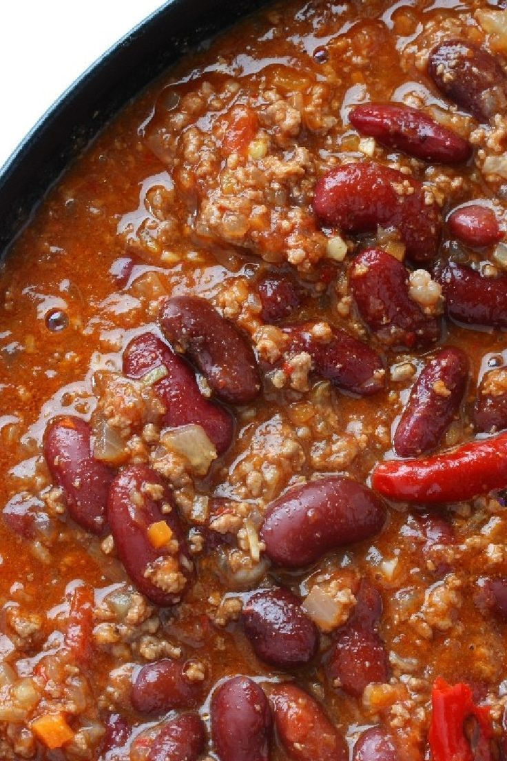 Super Bowl Chili Recipe With Ground Beef Garlic Onion Chili Powder Oregano Stewed Tomatoes Kidney Beans An Recipes Chilli Recipes Superbowl Chili Recipe