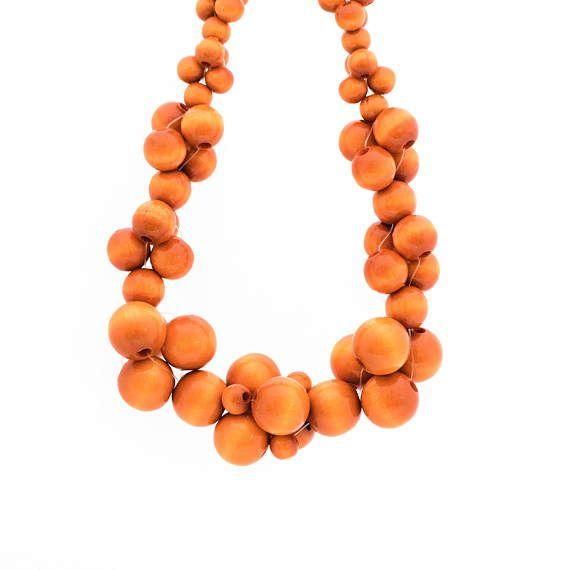 MoleCOOLs Orange wooden necklace