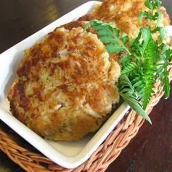 Easy Tuna Patties - These patties are great dipped in ketchup, mustard, or hot sauce. They are also great as a sandwich