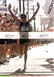 Elana Meyer breaks world record