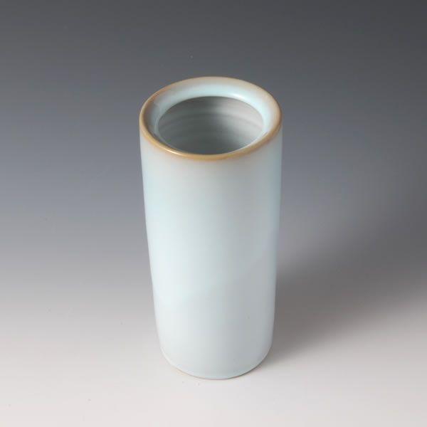 TANSEIYU HANAIRE (Flower Vessel with Pale Blue glaze A)
