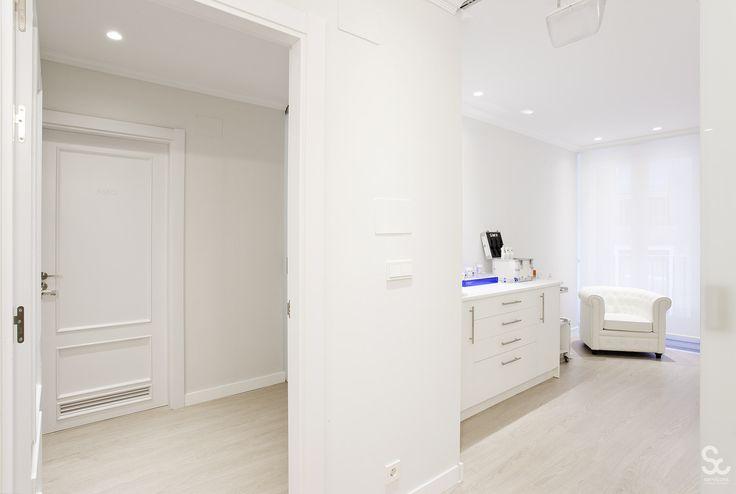 Centro Médico-Estético Dr. José Luis Latorre reformado por Servicons Reformas&Interiorismo