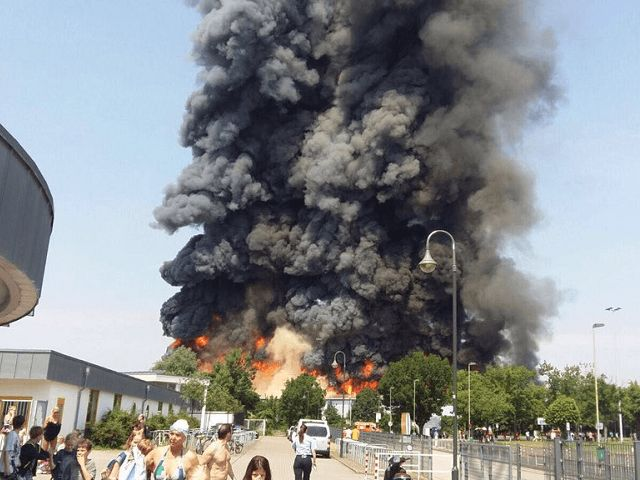 Düsseldorf Exhibition Centre In Flames As Migrant Camp Destroyed (Breitbart.com 07 June 2016)