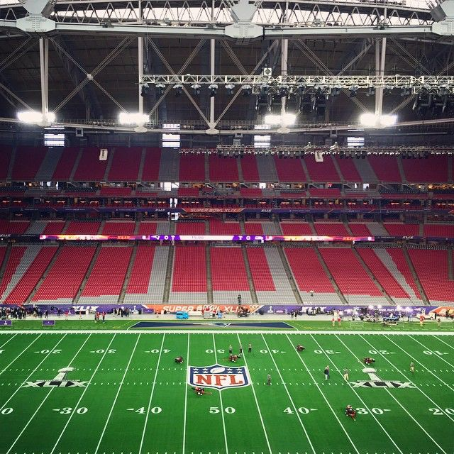 Less than 6 hours to kickoff... THIS is the scene inside University of Phoenix Stadium! #SB49
