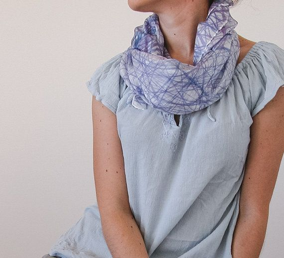 hand painted silk scarf | lilac silk scarf | faschion accessories | fashion accessory | silk shawl | square silk shawl | lilac silk scarf | silk foulard hand painted | handmade silk foulard