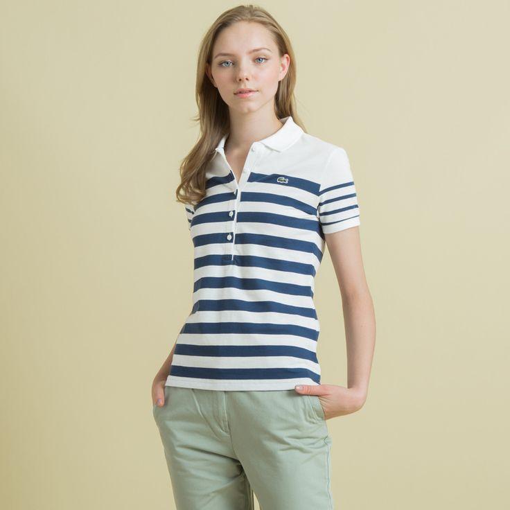 ストレッチピケ素材を使用したポロシャツ。ピッチの違うボーダーが特徴のマリンテイストのポロシャツは、パンツスタイルでさわやかにコーディネイトするのがおすすめです。