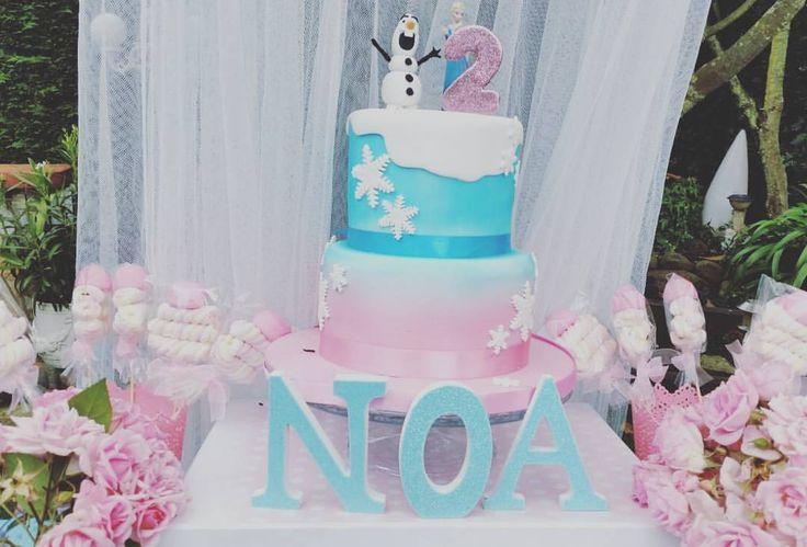 tarta cumpleaños fondant Frozen