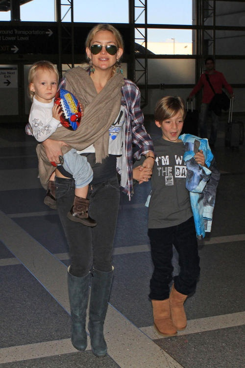 Kate Hudson- her kids look exactly like her
