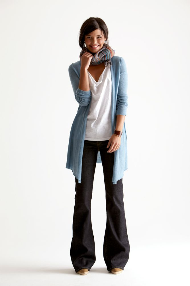 Dear Stitch Fix Stylist I really like this whole look. I think that the pants are a bit too baggie at the bottom for someone who is my size and build, but i like the color combo and the cardigan.