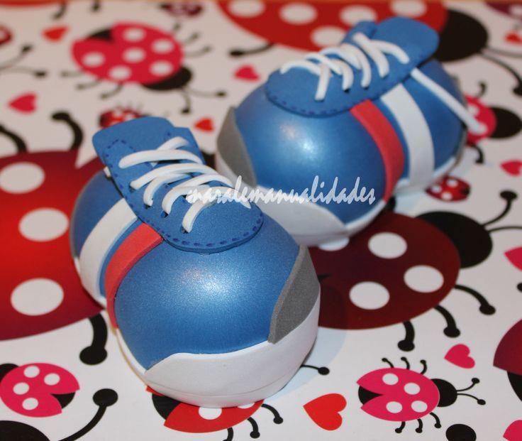 Zapatillas deportivas personalizadas www.maralemanualidades.wordpress.com