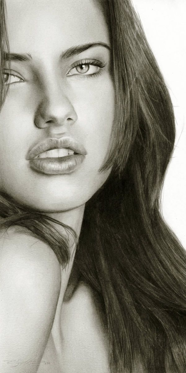 Wow ! Pencil Drawings ? I can't Believe that this is a Drawing, Looks more like a Photograph. Truly Amazing.