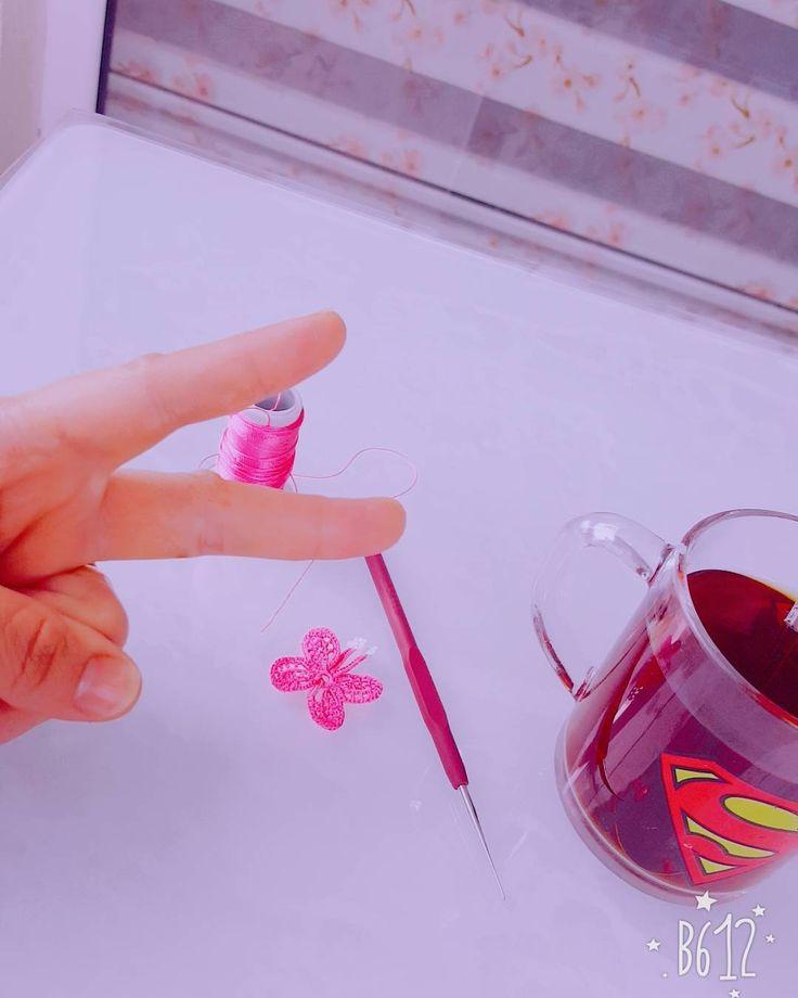"""3 Beğenme, 1 Yorum - Instagram'da Oya ve Dantel Dünyası (@belkisakkaya_deryabiyik): """"Pazartesi sendorumunu yenersem bu kelebeği uçurucam 🤣 #kamerarkası #sendorum #oya #elişi"""""""