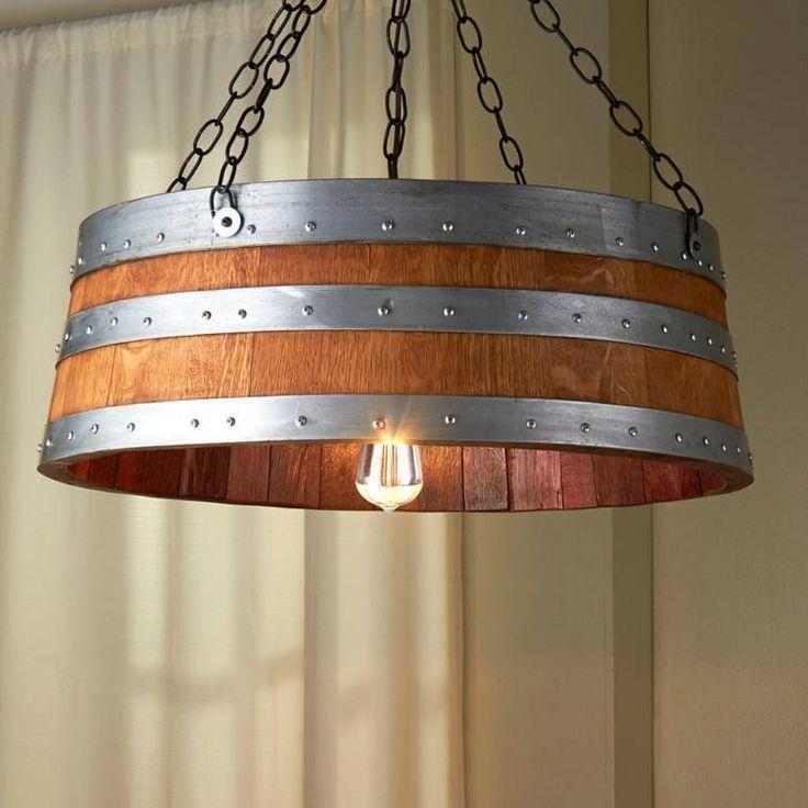 Lámpara hecha con barril