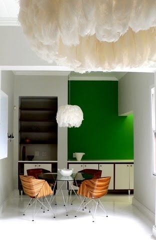 Bold kelly green wall in contemporary kitchen