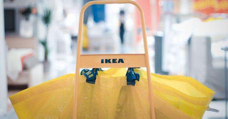 Il catalogo Ikea in realtà aumentata, per vedere virtualmente il design prima di comprarlo.  http://virtualmentis.altervista.org/