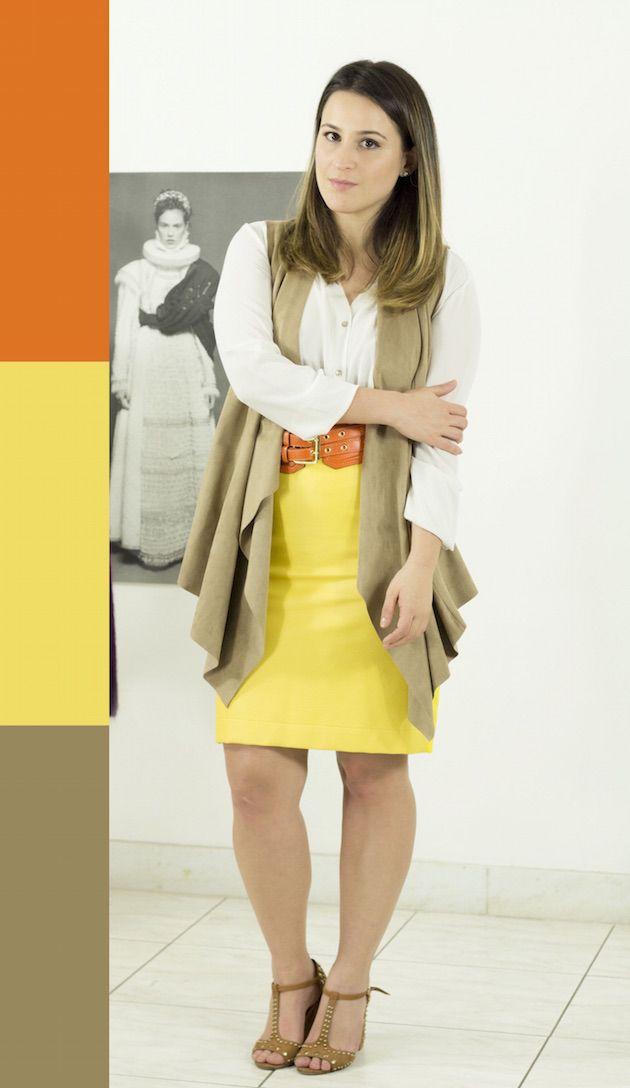 como-combinar-cores-analogas-look-saia-couro-amarela-colete-chamois-cinto-laranja