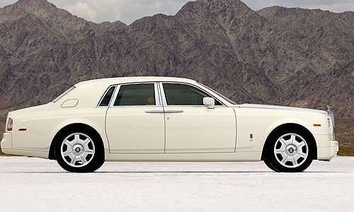 http://www.cardekho.com/carmodels/Rolls-Royce/Rolls-Royce_Phantom  Rolls-Royce Phantom Prices shown here are indicative prices only.The Rolls-Royce Phantom Ex-Showroom price range displays the lowest approximate price of Rolls Royce Phantom car model throughout India excludes tax,registration, insurance and cost of accessories. For exact prices of Rolls-Royce Phantom , please contact the Rolls-Royce Phantom dealer.