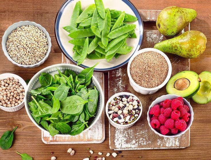Intestino preso e sensação de inchaço? Aqui isso não tem vez! Vem conferir quais alimentos podem ajudar no funcionamento do seu intestino.