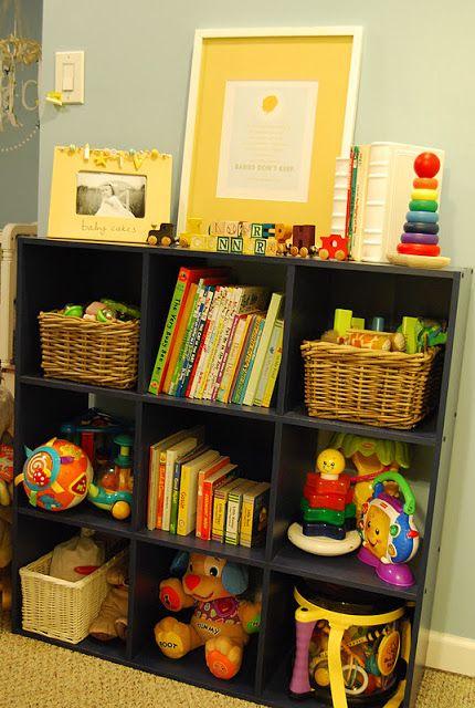 Best 25 dark wood nursery ideas on pinterest nursery - Ideas almacenaje juguetes ...