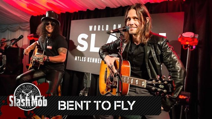 "Slash & Myles Kennedy - ""Bent To Fly"" (Acoustic) - Live in London 2014"