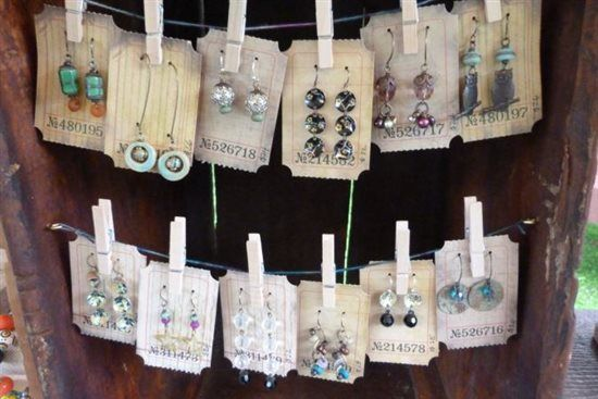 Jewelry Business: How to Sell Handmade Jewelry At Craft Shows with Lorelei Eurto - Jewelry Making Daily - blogs #jewelrybusiness #jewelrymaking