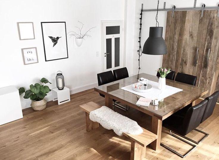 18 best Landgefluestermomente images on Pinterest - wohnzimmer schwarz weiss holz