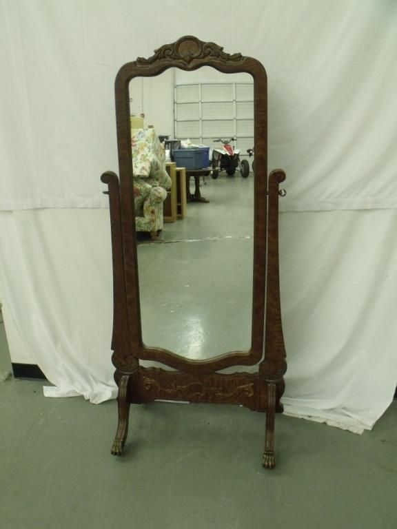 Vintage full length mirror if i see at a thrift store for Standing mirror for bedroom