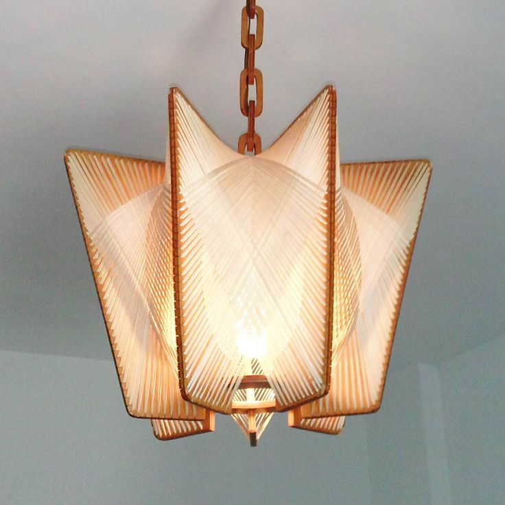 Lámpara escandinava de madera