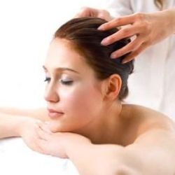 Aromatherapy (Recipes) For Hair - http://aromatherapy.dunway.com/