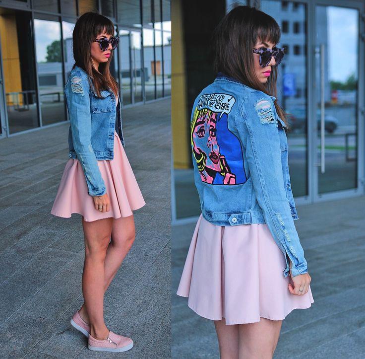 pop art denim jacket and pastel pink dress: http://jointyicroissanty.blogspot.com/2017/06/pop-art-denim-jacket.html