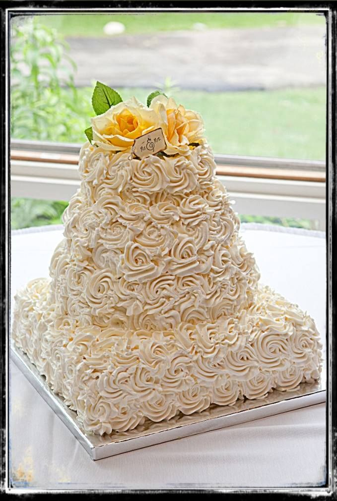 the best wedding cake frosting best 25 rosette wedding cakes ideas on 20833