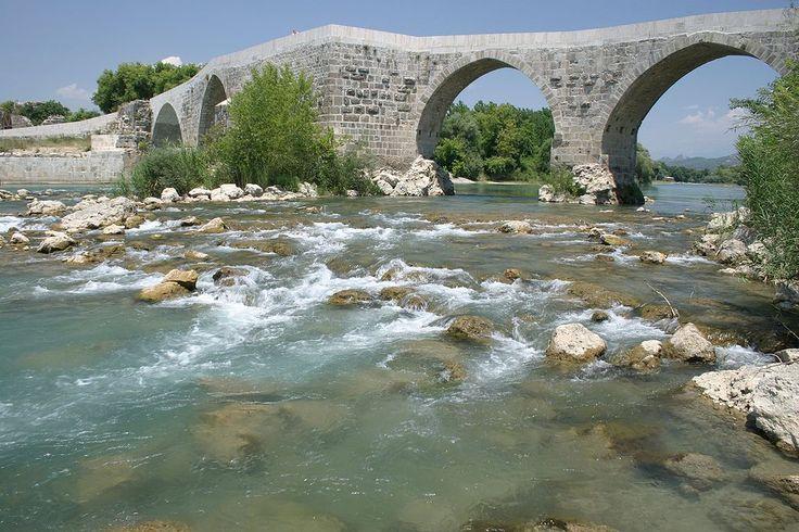 Eurymedon Bridge, Aspendos, Turkey. Pic 01 - Eurymedon Bridge (Aspendos) - Wikipedia, the free encyclopedia