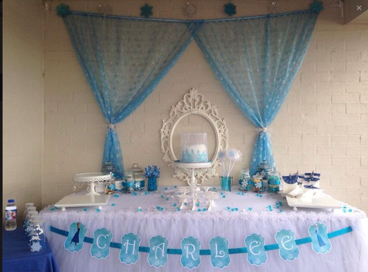 Frozen inspired party table.