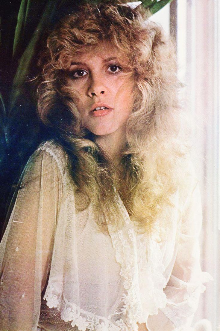 crystallineknowledge:   Stevie Nicks photographed by Chris Walter in 1981