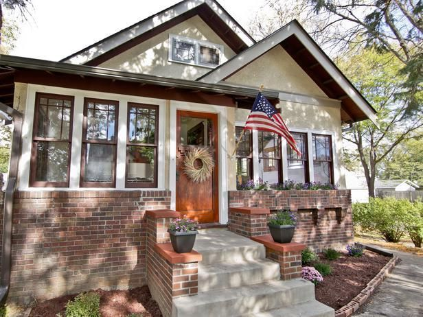 1920s bungalow restoration as seen on Rehab Addict with Nicole Curtis -->  http://hg.tv/wa0y