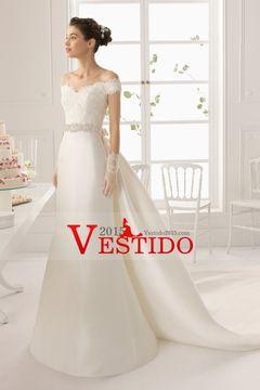 2015 cuello en V Off La vaina del hombro / columna vestido de novia de raso y encaje con cuentas de cola capilla USD 219.99 VEPAGF5KY5 - Vestido2015.com