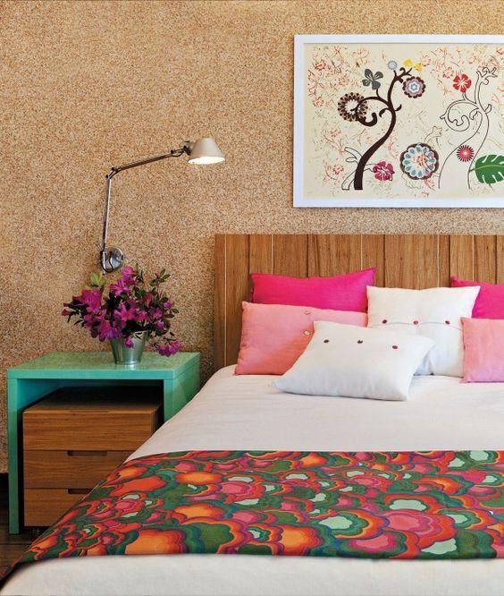 Cabeceira de madeira! 26 ideias e dicas de uma designer de interiores para te inspirar