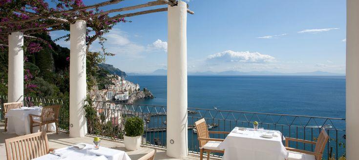 A Five-Star Hotel in Amalfi Signed by Studio Simonetti | www.delightfull.eu/blog | #lightingdesign #midcentury #retrochic
