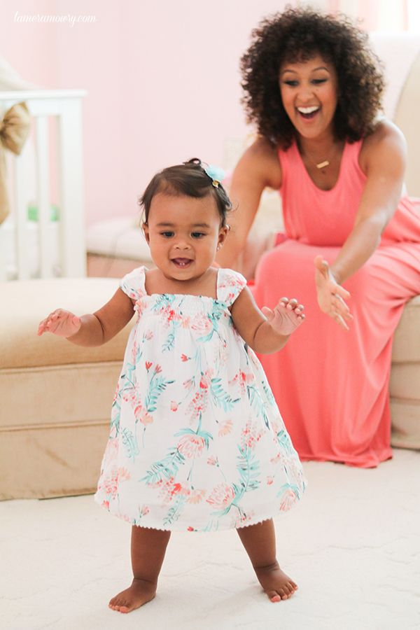 Ariah Walking - Tamera Mowry
